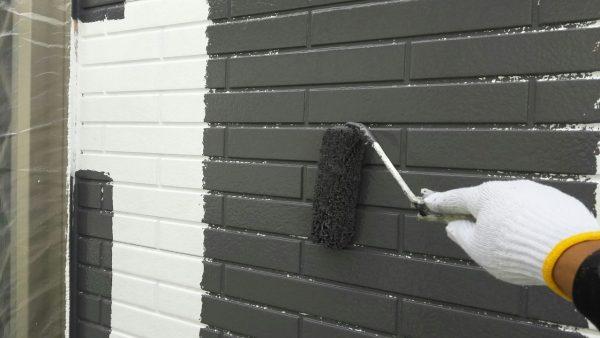 性能とをコストを考慮した外壁の上塗り