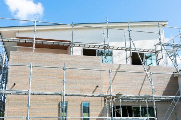 屋根塗装はどのようにして行う?その工程とはサムネイル
