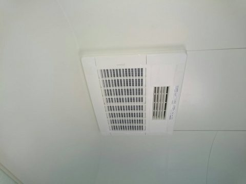 換気扇が壊れたまま直していない、浴室が寒い<木更津市リピーター様 浴室暖房乾燥機取付工事>サムネイル